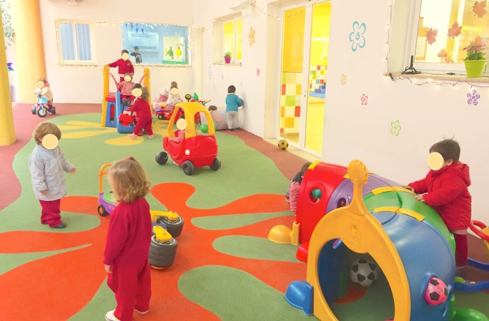Espai Familiar: Zona Montessori, Piscina climatizada, Patio y Gimnasio